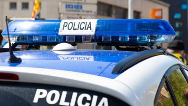 masina de politie cu girofar