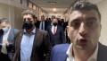George Simion, în fruntea parlamentarilor AUR, pe holurile Senatului