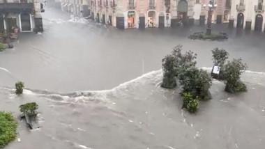inundatii in catania