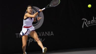 Emma Răducanu într-un meci de la Transylvania Open.