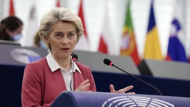 Ursula von der Leyen la tribuna Parlamentului European