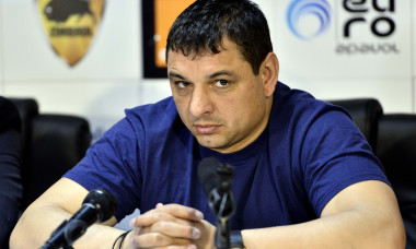 Ionel Ganea, în timpul unei conferințe de presă / Foto: Sport Pictures