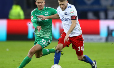 Hamburger SV v SpVgg Greuther Fuerth - Second Bundesliga