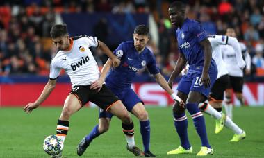 Ferran Torres, în meciul Valencia - Chelsea din grupele Champions League / Foto: Getty Images