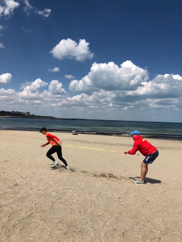 eliza samara- antrenament pe plaja (2)
