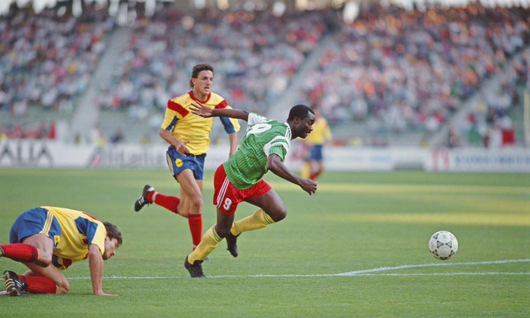 Gică Popescu, în meciul România - Cameroon, de la CM 1990 / Foto: Getty Images