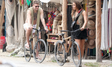*EXCLUSIVE* Nicklas Bendtner and Philine Ip out for a stroll in the rain in Tulum