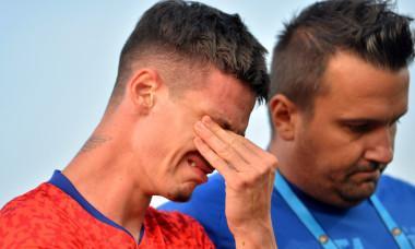 Dennis Man, după accidentarea suferită în meciul cu Botoșani, din startul sezonului / Foto: Sport Pictures