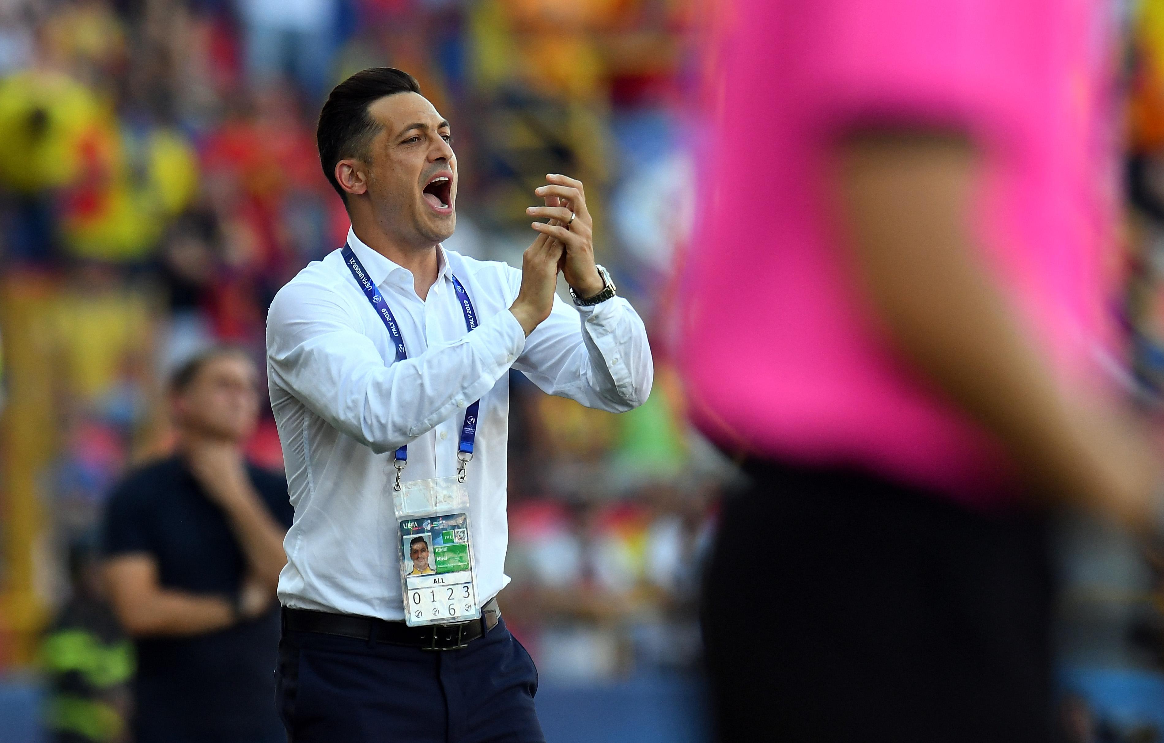 """Doi jucători de bază ai echipei naționale, avertizați de Mirel Rădoi: """"Joacă bine la început, apoi urmează problemele!"""""""
