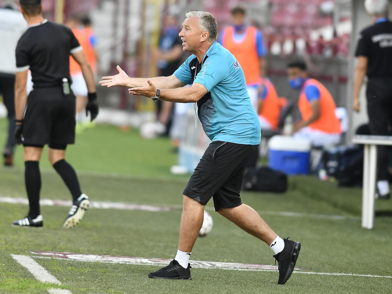 """Dan Petrescu a spus de ce a pierdut CFR Cluj. """"Au fost probleme la club și mai sunt! Craiova e favorită la titlu"""""""