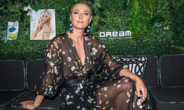 Hamptons Magazine Celebrates With Cover Star Maria Sharapova