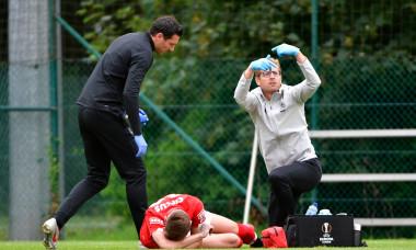 Denis Drăguș, accidentat la ultimul amical jucat de Standard Liege / Foto: Profimedia
