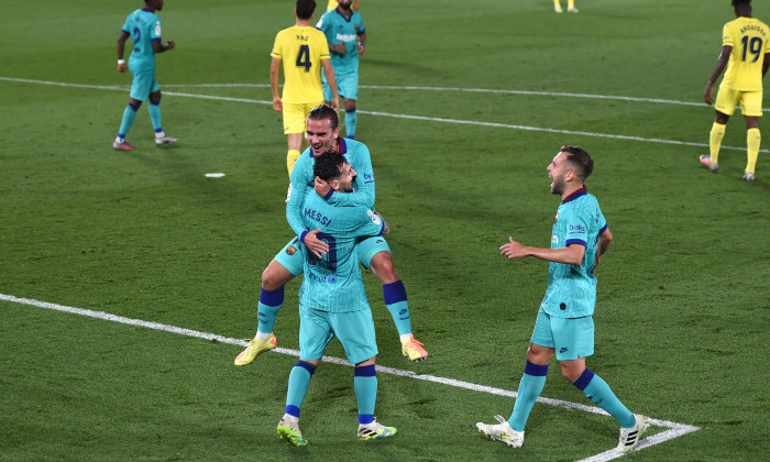 Villarreal CF v FC Barcelona - La Liga