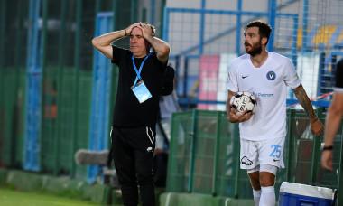 Gheorghe Hagi, în timpul meciului Voluntari - Viitorul / Foto: Sport Pictures