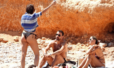 EXCLUSIVE PICTURES - Arsenal legend Robert Pires and his wife Jessica Lemarie enjoy a day at the beach in Ibiza