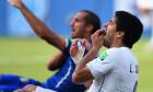 Luis Suarez și Giorgio Chiellini, în timpul meciului Italia - Uruguay, de la Campionatul Mondial din 2014 / Foto: Getty Images