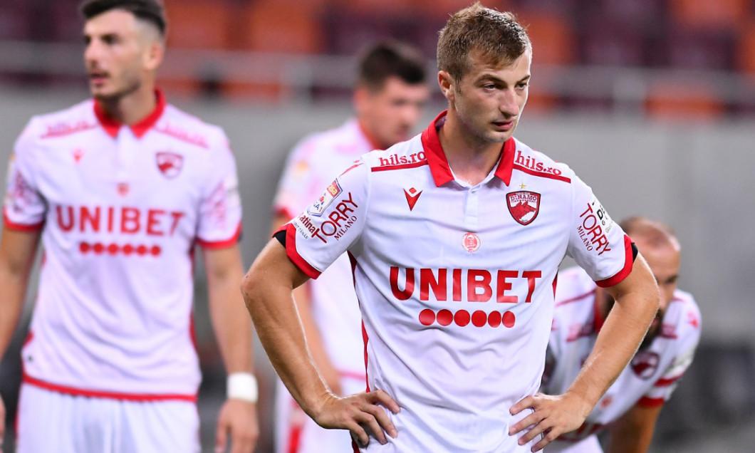 Daniel Popa, în meciul FCSB - Dinamo 1-0 / Foto: Sport Pictures