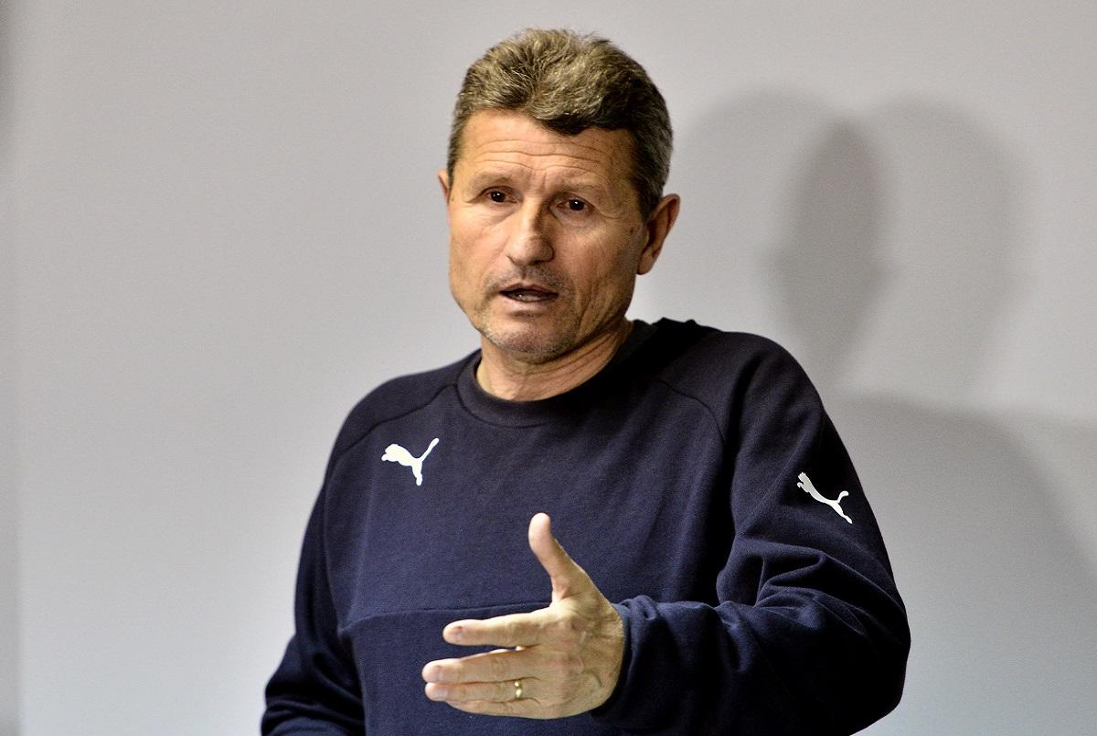 Veni, vidi, vici, roiu'! Gigi Mulțescu și Dinamo se despart! Echipa va avea de luni un nou antrenor