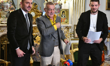 FOTBAL:PREZENTARE SERGIU BUS LA FCSB (14.07.2020)