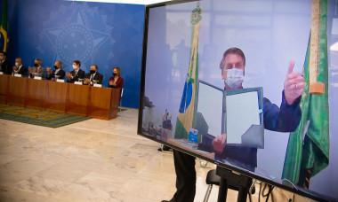 President Jair Bolsonaro Sanctions New Legal Framework For Basic Sanitation Via Video conference Amidst Coronavirus Pandemic