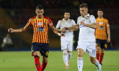 Romario Benzar, în tricoul lui Lecce / Foto: Getty Images