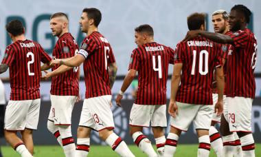 Jucătorii de la AC Milan, în meciul cu Bologna / Foto: Getty Images
