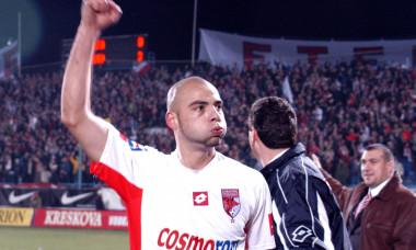 FOTBAL:DINAMO BUCURESTI-STEAUA BUCURESTI 3-0,CUPA ROMANIEI (27.11.2002)