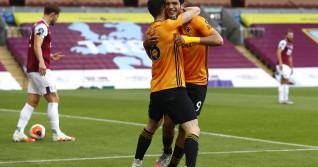 Burnley FC v Wolverhampton Wanderers - Premier League