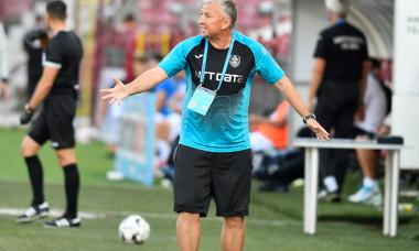 Dan Petrescu, antrenorul CFR-ului / Foto: Sport Pictures