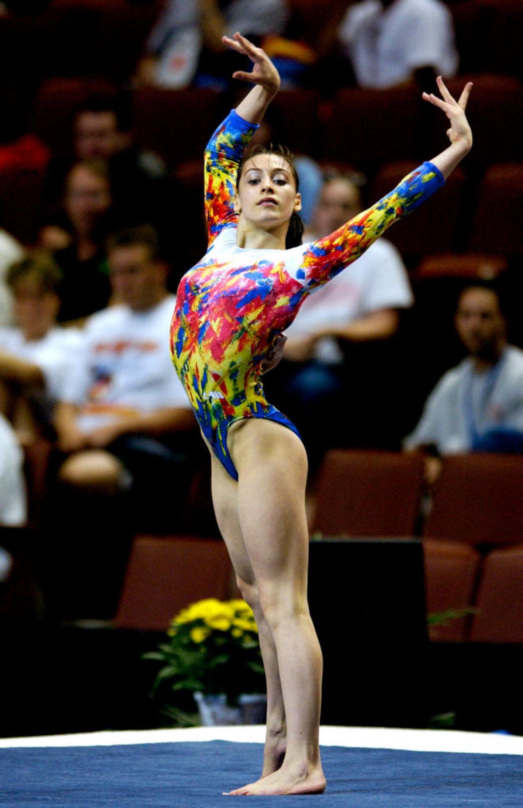 Gymnastics : World Championships 2003