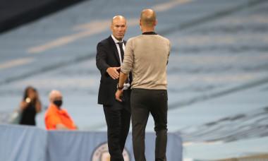Pep Guardiola și Zinedine Zidane, după meciul direct din Champions League / Foto: Getty Images