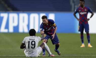Davies - Messi