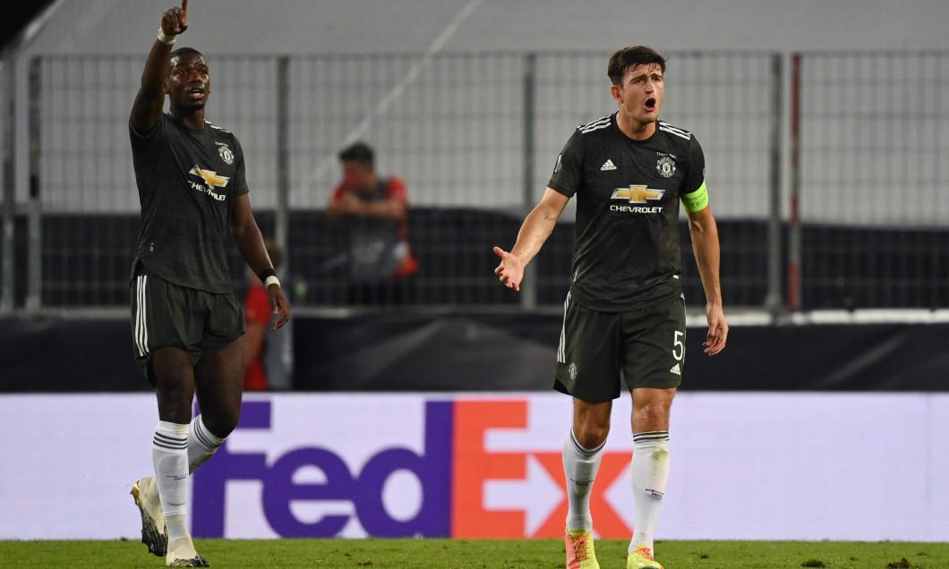 Harry Maguire și Paul Pogba, în meciul cu Sevilla / Foto: Getty Images