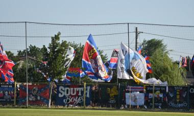Suporterii echipei CSA Steaua, în timpul partidei cu Bărăganul Ciulnița / Foto: Sport Pictures