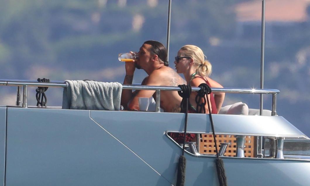 Zlatan Ibrahimovic (AC Milan) enjoying family holidays on his yacht in Sardinia