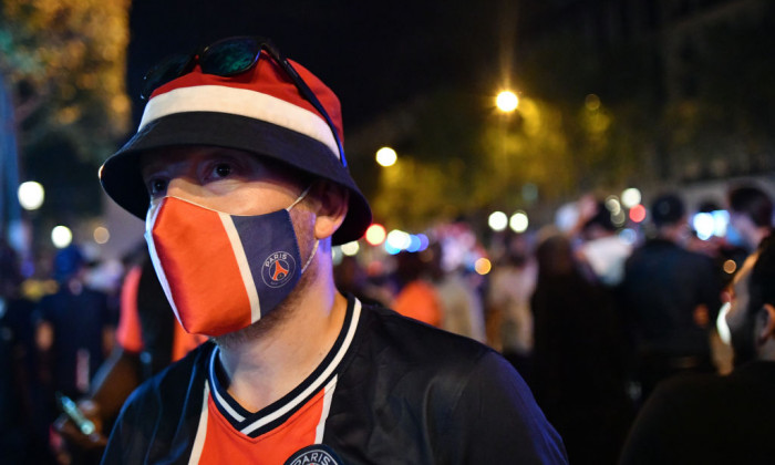 PSG fans gathered in Champs Elysee to celebrate the winning