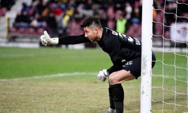 Cristi Bălgrădean, într-un meci CFR Cluj - FCSB / Foto: Sport Pictures