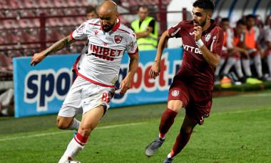 Sebastian Mailat, într-un meci CFR Cluj - Dinamo / Foto: Sport Pictures
