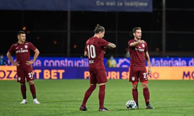 Jucătorii de la CFR Cluj, în timpul meciului cu Dinamo Zagreb / Foto: Sport Pictures