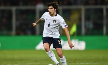 Sandro Tonali, în tricoul naționalei Italiei, în timpul unui amical cu Armenia / Foto: Getty Images