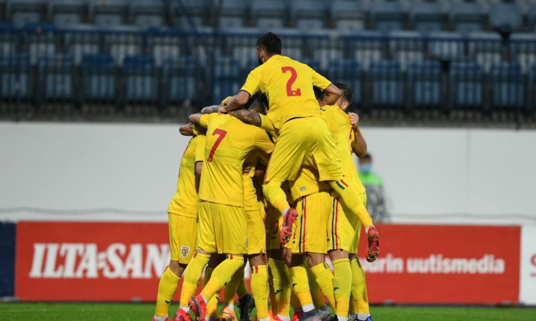"""""""Tricolorii mici"""", în meciul din Finlanda / Foto: Sport Pictures"""