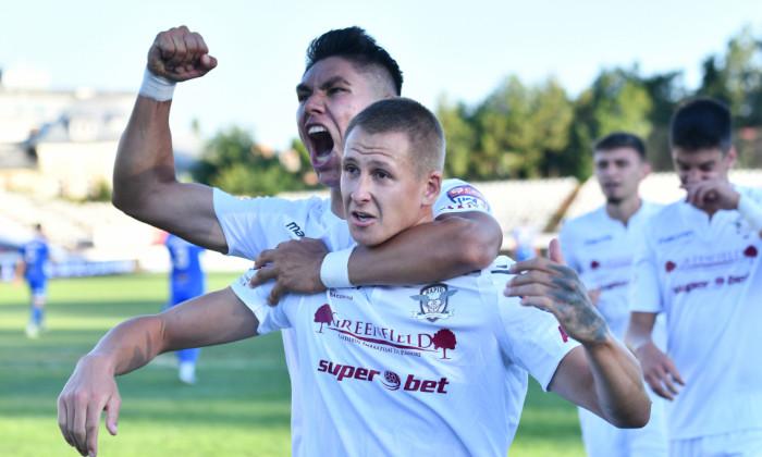 Fotbaliștii echipei Rapid, în meciul cu Pandurii / Foto: Sport Pictures