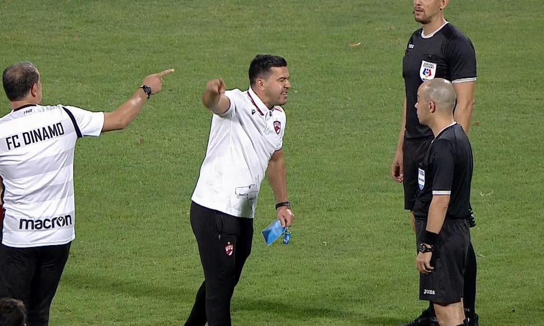 Cosmin Contra, discuție aprinsă cu Marius Avram după meciul cu Botoșani / Foto: Captură Digi Sport