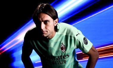 Ciprian Tătărușanu a semnat cu AC Milan Foto Twitter AC Milan