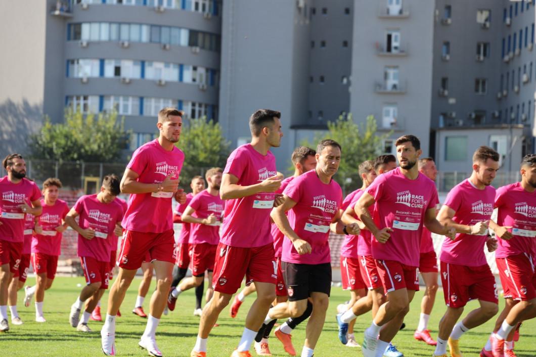 Dinamo in roz 12 - Copy