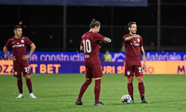Ciprian Deac și Alex Chipciu, în timpul meciului CFR Cluj - Dinamo Zagreb / Foto: Sport Pictures