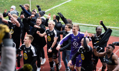 Wiklf Holding Arena, Mariehamn, land, Finland, October 27 2018.The crunch final game of the Finnish football season. IFK Mariehamn needed a win to guarantee top flight football. Kuopio needed a win to secure third place and Europa League football next sea