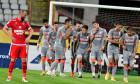 Fotbaliștii UTA-ei, după golul marcat de Ioan Hora cu Dinamo / Foto: Sport Pictures