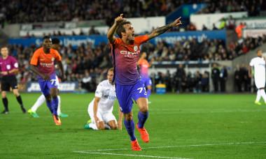 Aleix Garcia, după un gol marcat pentru Manchester City într-un meci cu Swansea / Foto: Getty Images