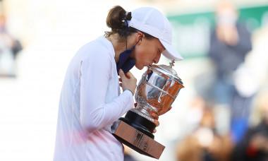 Iga Swiatek, după victoria din finala Roland Garros / Foto: Getty Images
